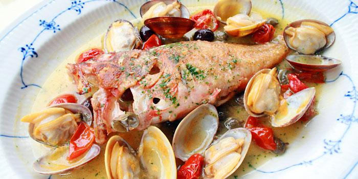 魚介の旨味をまるごといただく♪アクアパッツァのレシピ集めました!のサムネイル画像