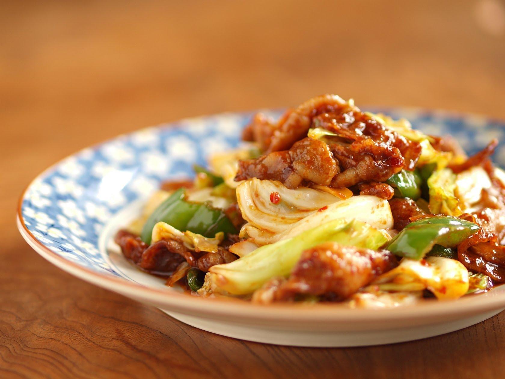 家庭でも本格的に作れる!回鍋肉の美味しいレシピをご紹介♪のサムネイル画像