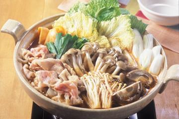 お鍋の定番、水炊きレシピ~キムチ鍋!そして今話題のみぞれ鍋レシピのサムネイル画像