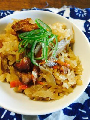 人気の炊き込みご飯だけあつめました!今日の晩ご飯にどうぞ!のサムネイル画像