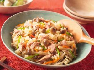 みんなだいすき炊き込みご飯!食べたくなる炊き込みご飯の作り方♫のサムネイル画像