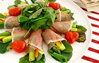 サラダでも立派なごちそう!おもてなしにぴったりなサラダレシピのサムネイル画像
