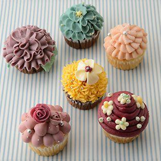 プレゼントにおすすめ♪キュートなカップケーキデコレーション7選のサムネイル画像
