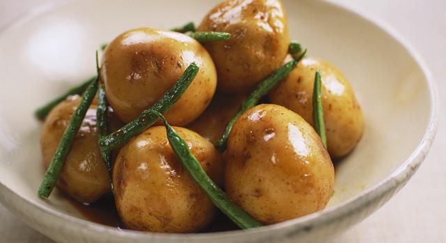 ホクホク美味しく、皮も食べれる新じゃが!人気レシピをご紹介♪のサムネイル画像