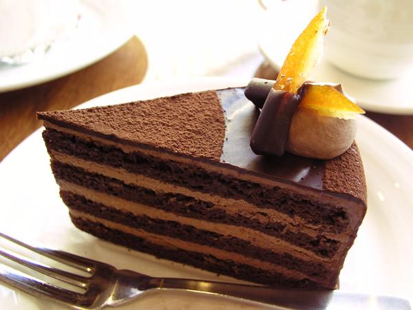 女子必見♡甘くて美味しいチョコレートケーキの人気レシピをご紹介♪のサムネイル画像