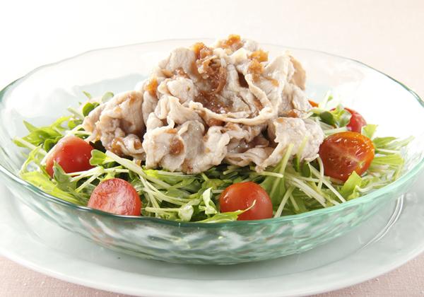 夕飯メニューの一品に是非!豚しゃぶ人気レシピをご紹介!!のサムネイル画像