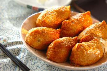 お弁当にも!定番からアレンジまで人気のいなり寿司レシピ5選のサムネイル画像