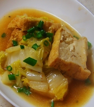 白菜と厚揚げのコンビで大満足!簡単美味しいオススメレシピ5選のサムネイル画像