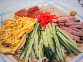 夏に食べたくなる定番のレシピをご紹介!これで暑い夏も乗り切って!のサムネイル画像