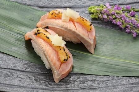 食欲の秋を楽しもう!旬の秋鮭を使った秋のごちそうレシピ5選のサムネイル画像