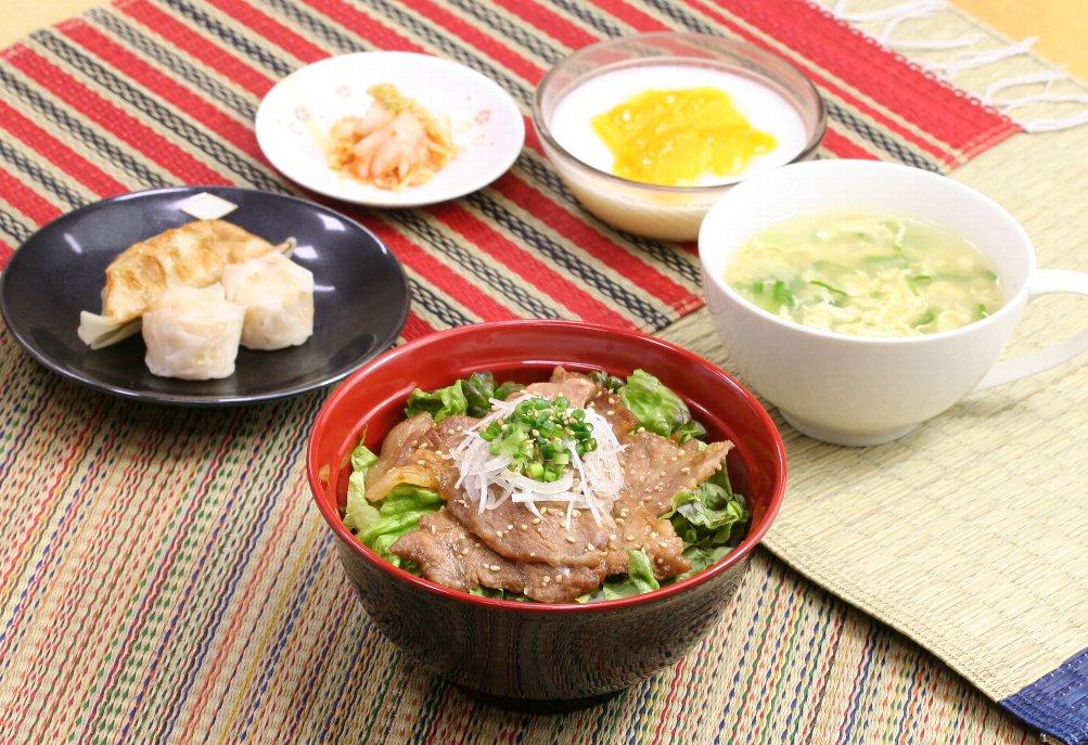 豚丼に合わせてもりもり食べたい!簡単☆美味しい☆豚丼の献立 5選のサムネイル画像