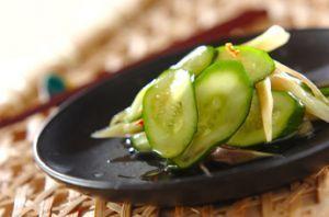 箸が止まらない!美味しくて簡単に作れるきゅうりの漬物レシピのサムネイル画像