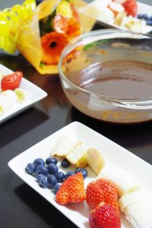 みんなで美味しく食べよう!おすすめチョコフォンデュレシピ5選!のサムネイル画像