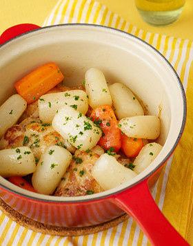 こってり派?さっぱり派?安くて美味しい大根と鶏手羽のレシピ5選のサムネイル画像