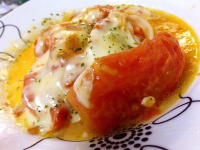 チーズとトマトのラブラブコンビ!トマトのチーズ焼き人気レシピ5選のサムネイル画像