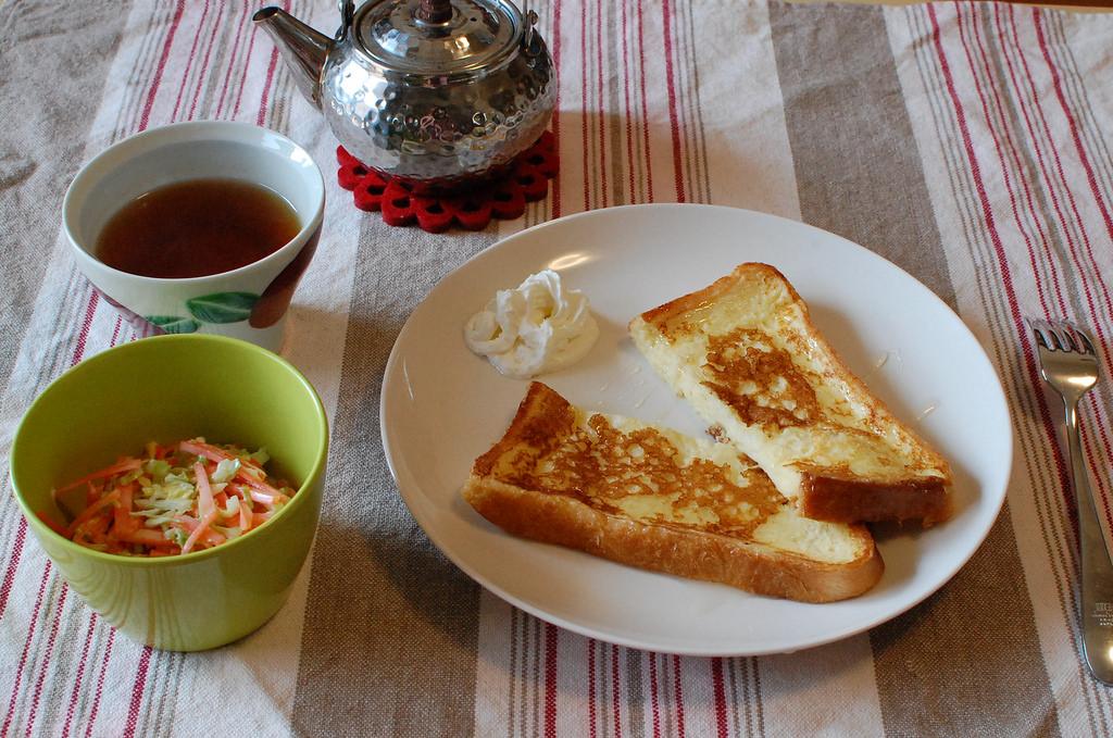 絶品!オーブンで簡単に作れちゃうフレンチトーストのレシピ5選のサムネイル画像