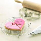 お好みの型を使って!簡単にできる型抜きクッキーレシピ5選のサムネイル画像