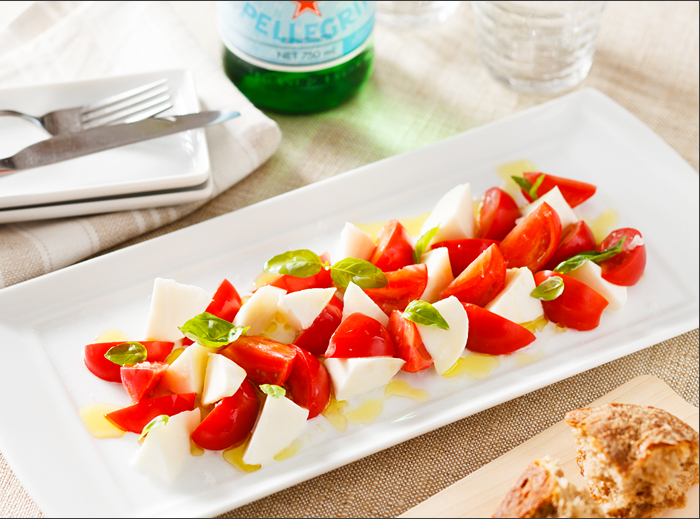 トマトとモッツァレラチーズ♪相性抜群のコンビのおすすめレシピ♪のサムネイル画像