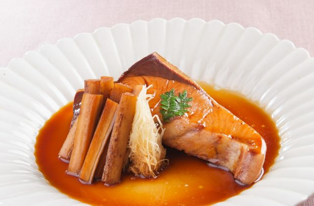 照り照りダレが染み渡る♪ごはんに良く合うぶりの煮付けレシピ5選のサムネイル画像