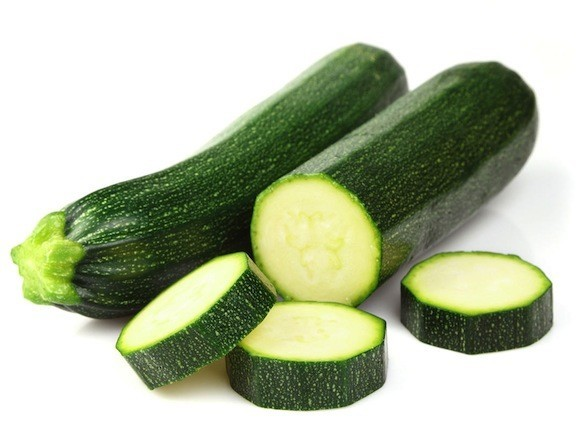 夏野菜の新定番!!ズッキーニのおいしい食べ方とオススメのレシピ♪のサムネイル画像