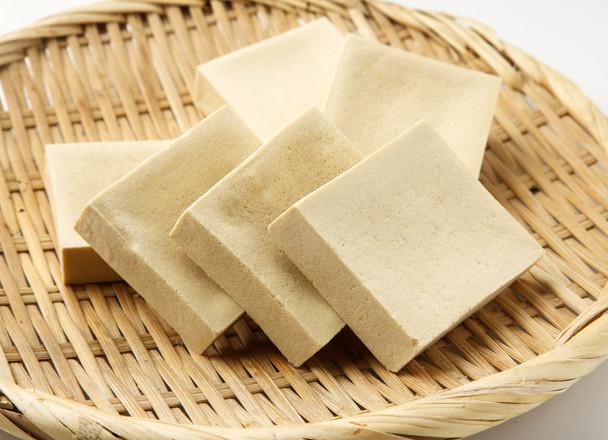煮ものだけじゃない!洋風アレンジも!高野豆腐のダイエットレシピのサムネイル画像