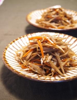 簡単で美味しい「きんぴらごぼう」お弁当に、副菜に重宝な一品ですのサムネイル画像