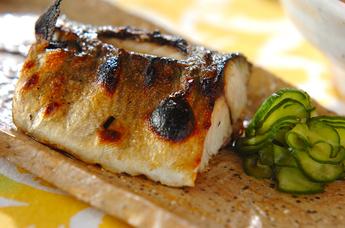 ジュワッ!ジューシー!!脂ののった鯖の塩焼きアレンジレシピ5選!のサムネイル画像