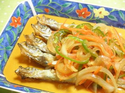 暑い季節にさっぱりお魚を食べよう。簡単!ししゃもの南蛮漬けのサムネイル画像