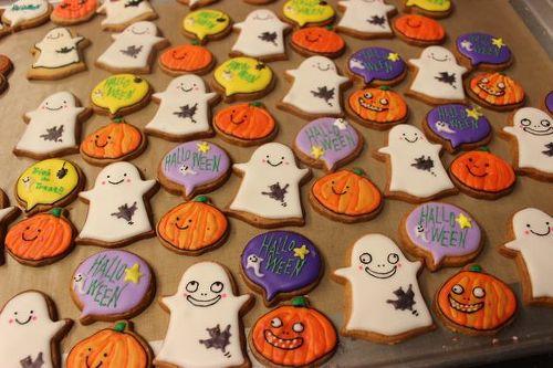Trick or Treat!みんなが食べられるハロウィンクッキーを作ろう☆のサムネイル画像