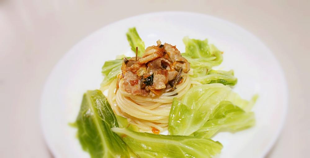 甘くてやわらかくてとっても美味しい春キャベツを使ったパスタレシピのサムネイル画像