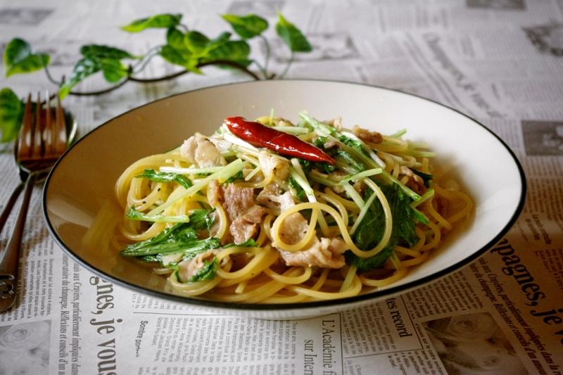 美味しいパスタをモリモリ食べよう!豚肉を使ったパスタのレシピ!のサムネイル画像