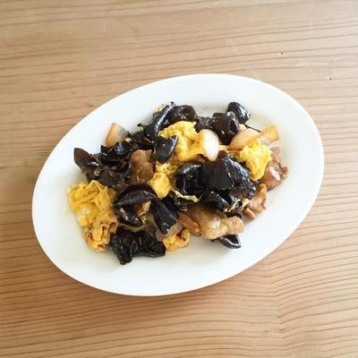 きくらげの食感がたまらない!きくらげと卵のレシピ特選5選!のサムネイル画像