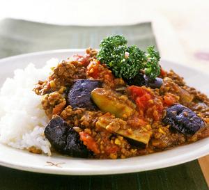 毎日だって作りたくなる!?人気のカレーレシピをご紹介します!のサムネイル画像