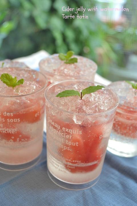 夏のおやつにぴったりの手作りゼリー!美味しいゼリーの作り方のサムネイル画像