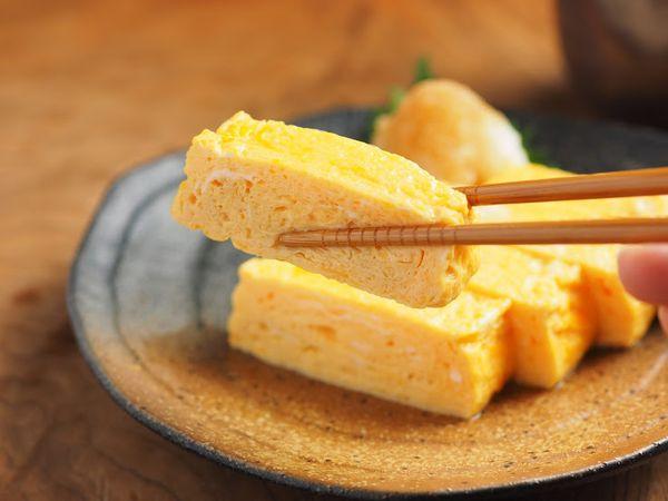 きれいにおいしく作れれば料理上手!?卵焼きの作り方基礎の基礎のサムネイル画像