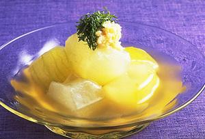 実は夏が旬の野菜!ヘルシーな冬瓜を使ったお手軽レシピまとめのサムネイル画像