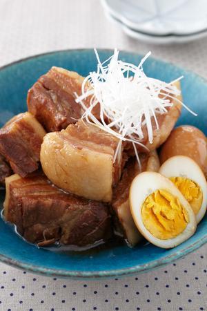 豚かたまり肉ならではのレシピ!部位ごとにご紹介しましょう。のサムネイル画像
