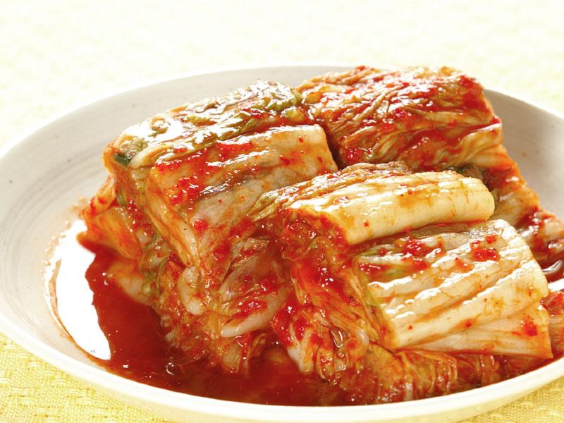 辛さが食欲そそる!キムチを使った人気レシピ5選をご紹介!のサムネイル画像