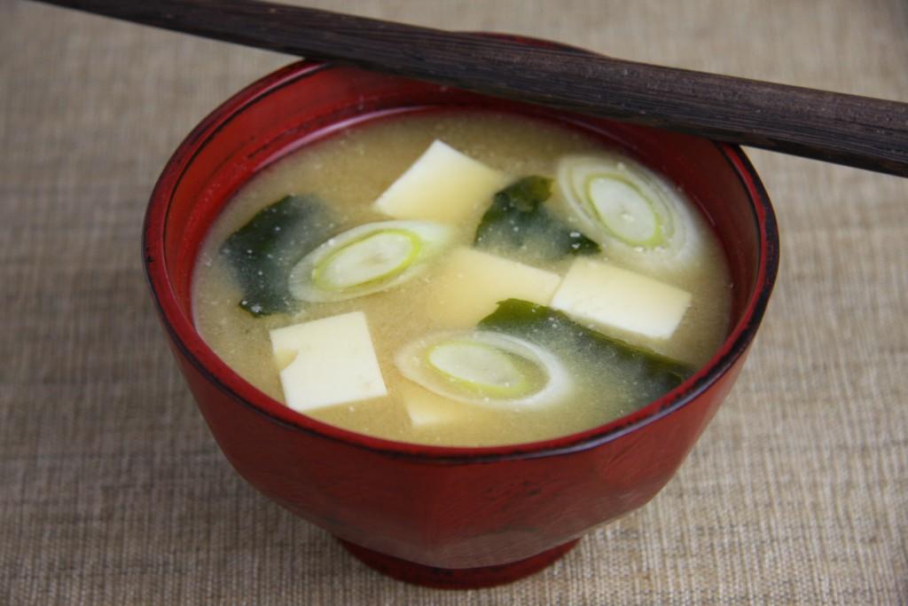初心者から上級者まで、お味噌汁を美味しくする作り方を伝授します!のサムネイル画像