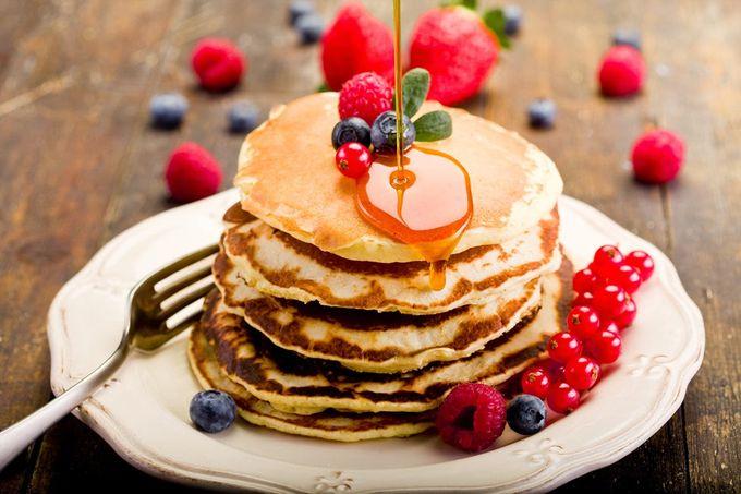 ふっくら美味しい!満足間違いなしの人気のパンケーキレシピ5選!のサムネイル画像