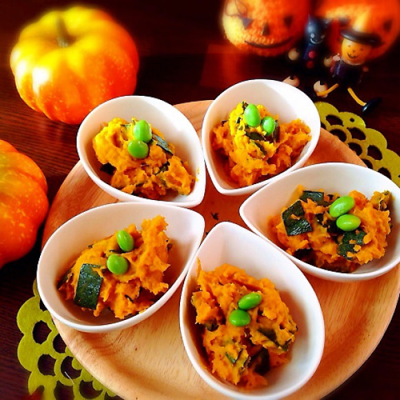 いつもサラダに変化を!かぼちゃサラダの人気レシピ大公開!のサムネイル画像