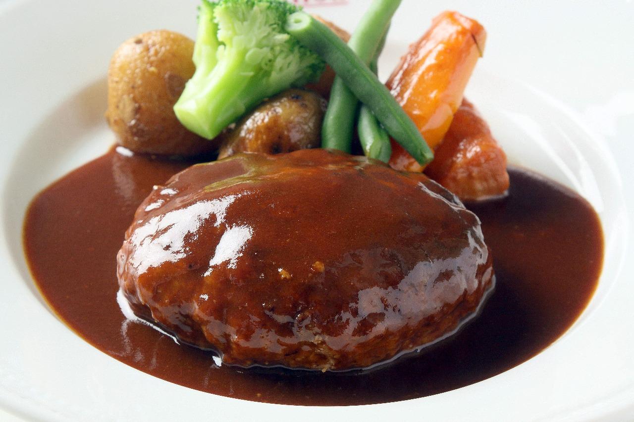 お店の味!?お家で作れる美味しいハンバーグのおすすめレシピ5選のサムネイル画像