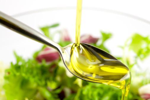 オリーブオイルを活用しよう!オリーブオイルを使った簡単レシピ5選!のサムネイル画像