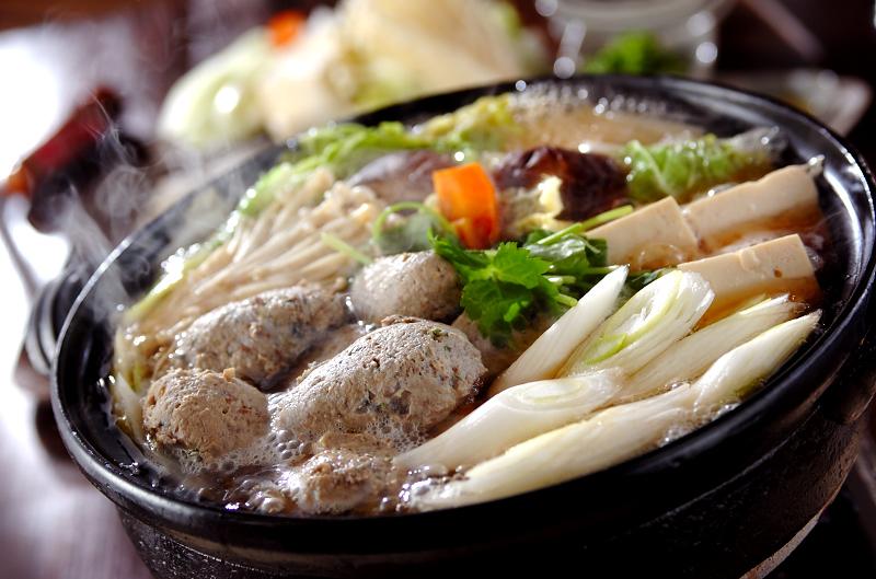 さむい冬はやっぱり鍋!種類豊富な鍋レシピを覚えちゃおう★のサムネイル画像