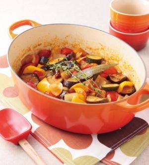 オリーブ油とたっぷりの野菜でヘルシーなラタトゥイユの作り方5選のサムネイル画像
