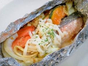 おいしい鮭のホイル焼きレシピ!簡単鮭のホイル焼きレシピ紹介!のサムネイル画像
