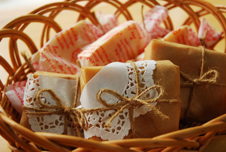 プレゼントにおすすめ!おしゃれな手作りチーズケーキラッピング7選のサムネイル画像