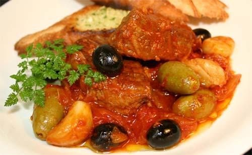 実は万能食材だった!!オリーブの実を使った絶品レシピ7選のサムネイル画像