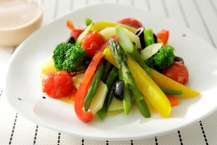 野菜をおいしく食べましょう♪温野菜を使った料理の作り方紹介しますのサムネイル画像