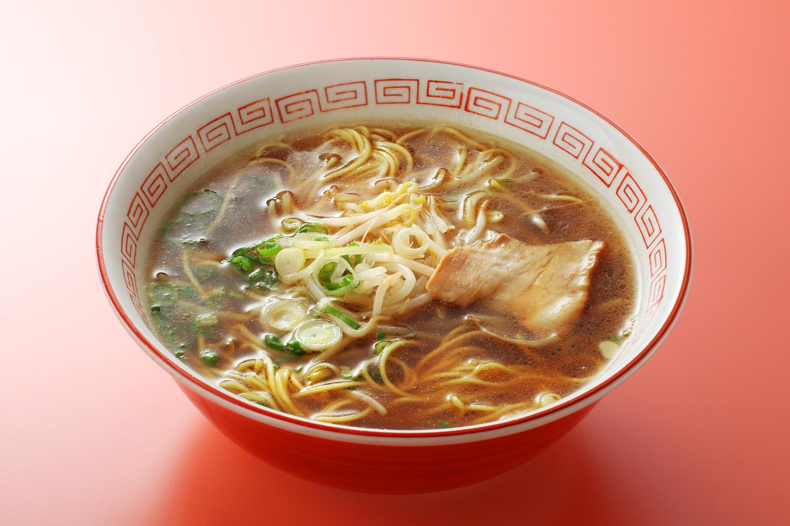 ラーメンの作り方、スープもね♪寒い冬は暖かいラーメンに決まり!のサムネイル画像